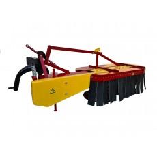 Косилка для трактора КР-1.25 с защитным кожухом